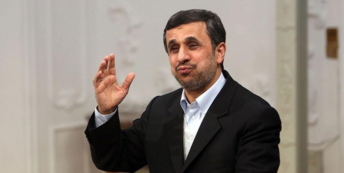 فارس نوشت: سبقت احمدی نژاد از ضد انقلاب