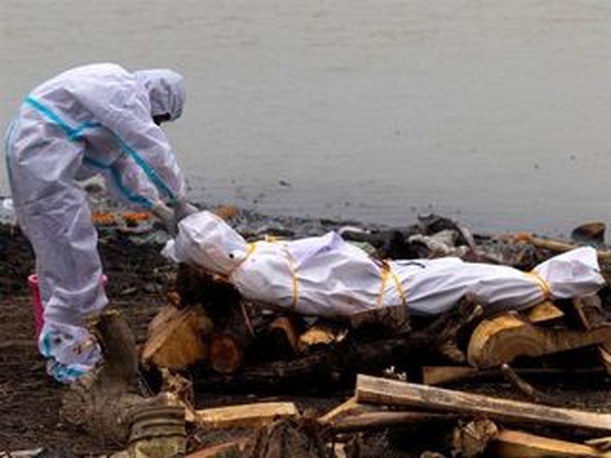 واکنش هند به رها کردن اجساد در رودخانهها