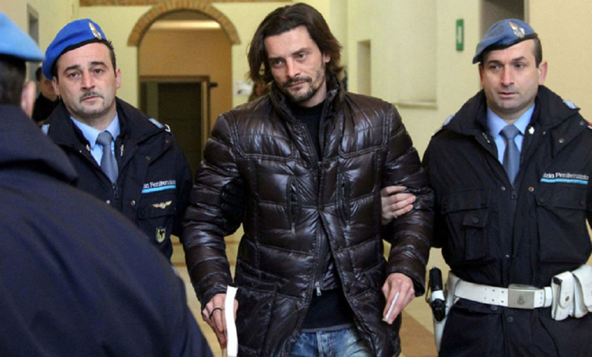 فوتبالیست معروف باز هم دستگیر شد!