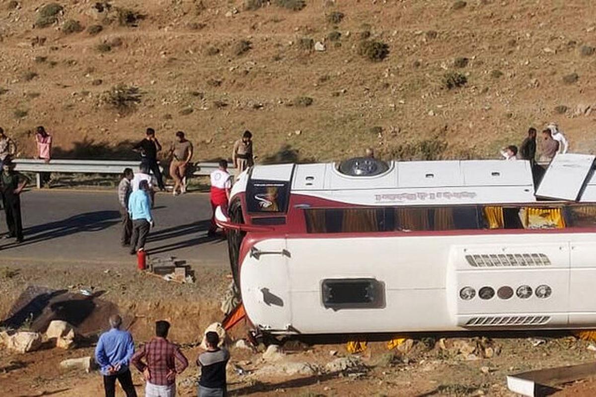 علل دو حادثه اتوبوس خبرنگاران و سربازان فاش شد +جزئیات