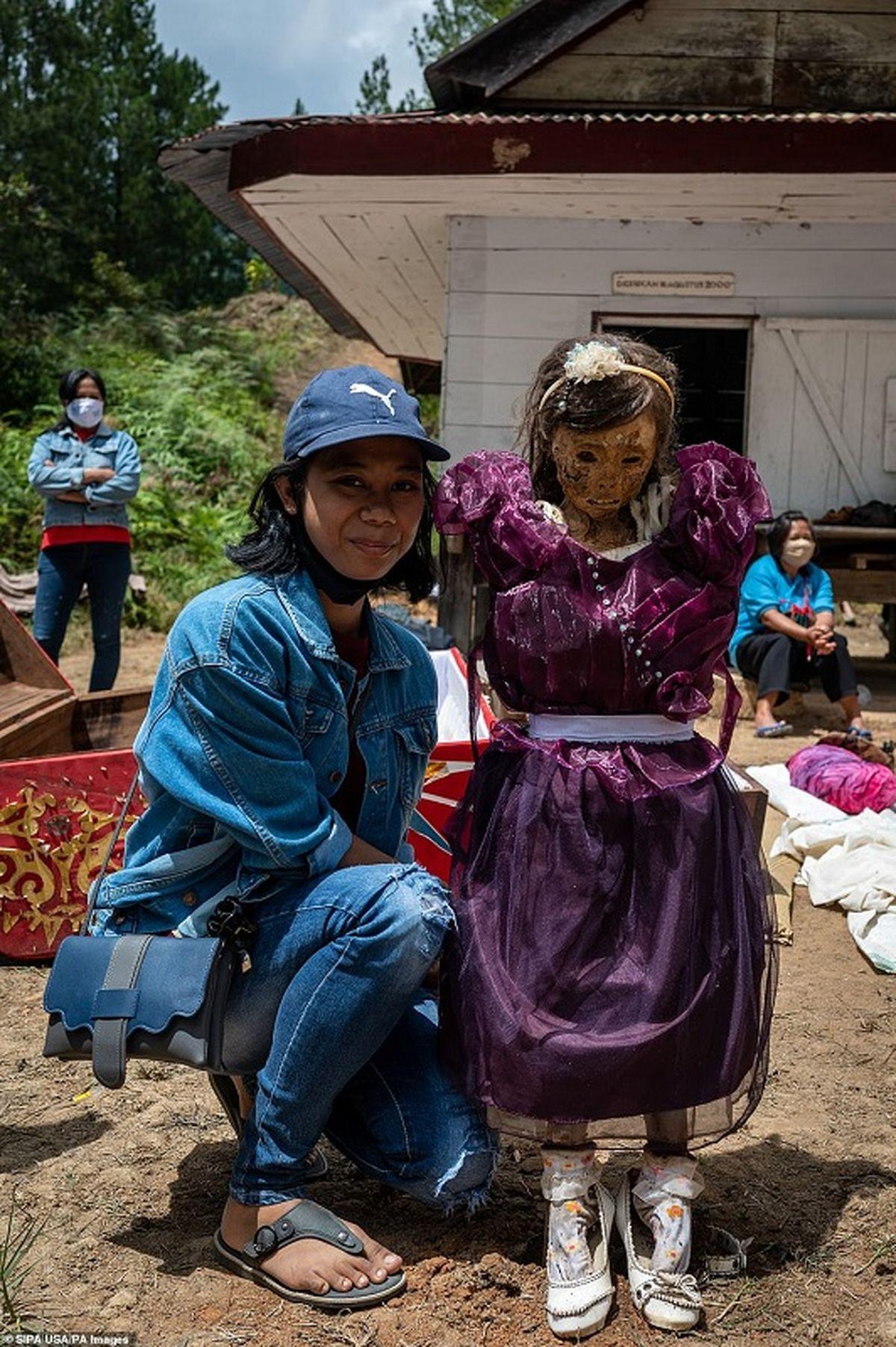جشن مردگان در اندونزی | تصاویر 18+