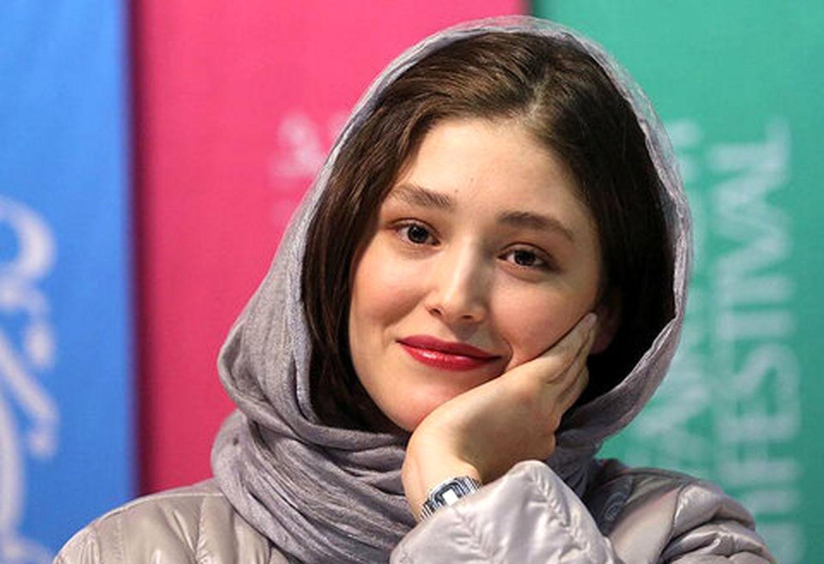 فرشته حسینی از ایران رفت
