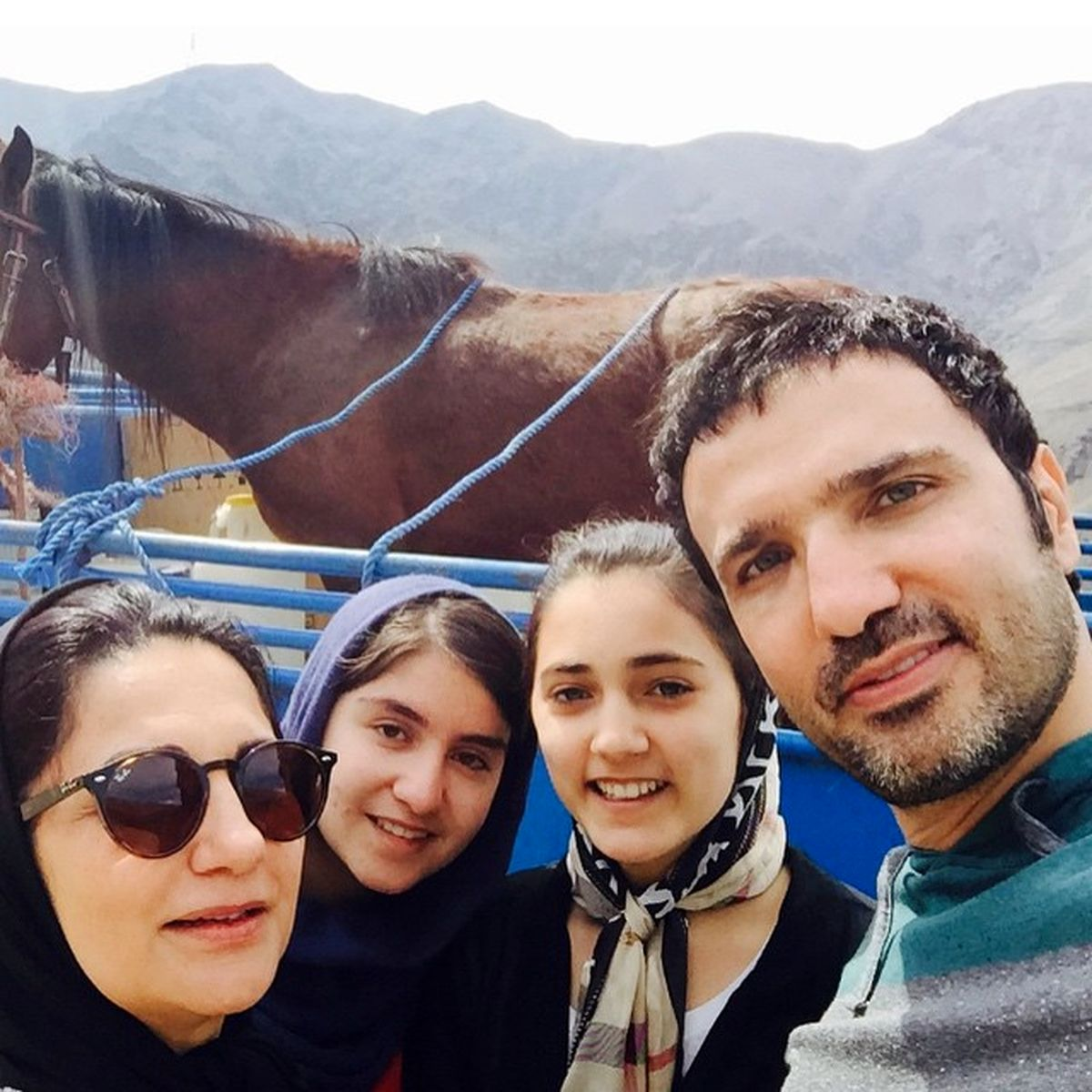 محمدرضا فروتن از همسر و فرزندش رونمایی کرد +عکس خانوادگی